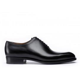 One cut oxford shoe